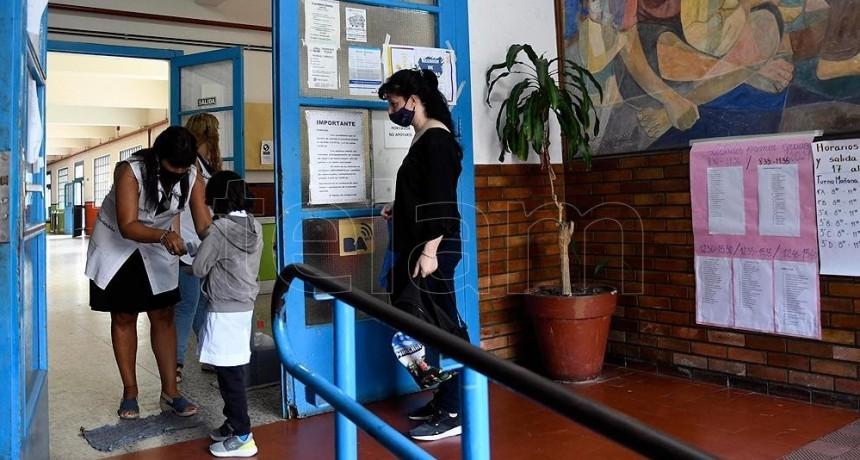 LOS GREMIOS DOCENTES ACEPTARON LA PROPUESTA SALARIAL DEL GOBIERNO DE KICILLOF