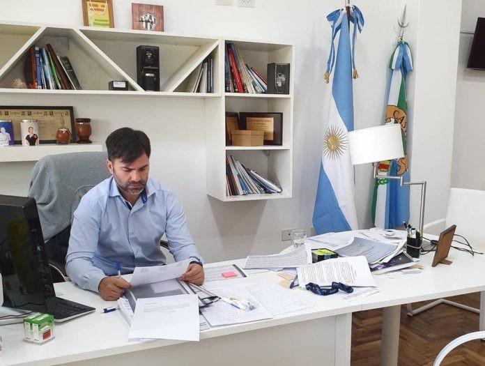 DOS MUNICIPIOS DEL INTERIOR PASAN A FASE 2 Y SUSPENDEN LA PRESENCIALIDAD