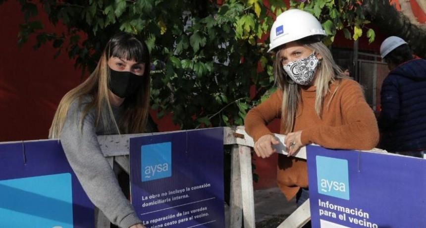 MALENA GALMARINI INAUGURÓ UNA RED DE AYSA EN BENAVÍDEZ