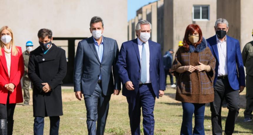 FERNÁNDEZ, CON CRISTINA Y MASSA, ACUSÓ A LA CORTE DE PROMOVER CANDIDATOS