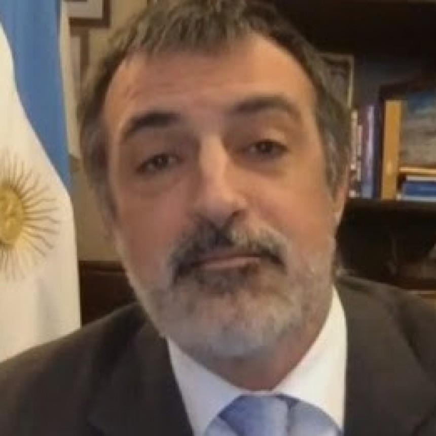 BULLRICH JUSTIFICÓ EL VIAJE DE MACRI A FRANCIA